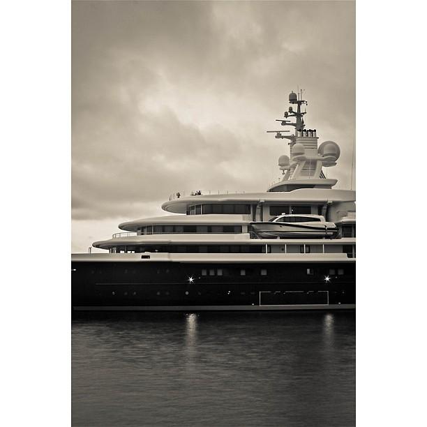 One of the best explorer design hands down.    115m Explorer Yacht: Luna  Designer: NewCruise  Builder: Stahlbau Nord