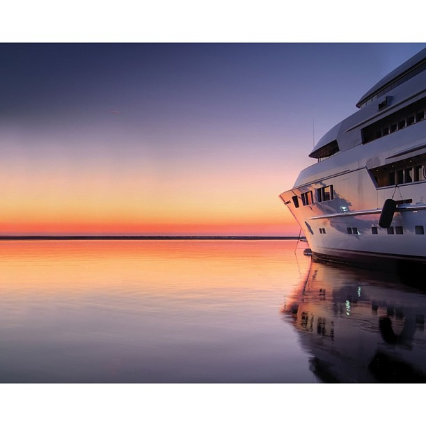 The iconic M/Y Nomad chasing the sunset.  Exterior Design: Sam Sorgiovanni Designs  Builder: Oceanfast  via#superyacht