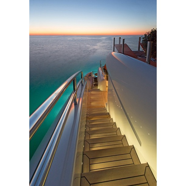 This is what the stairway to heaven looks like… The Yacht Collective has beautiful yachts and designs lined up for you this week! I.D. Yacht Via facebook page #superyachts