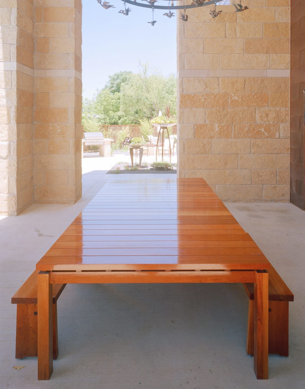 salado slat table small.jpg