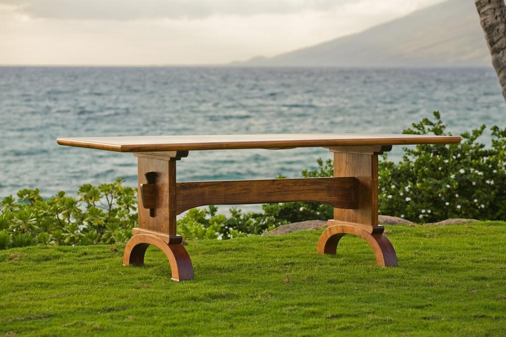 ohana table.jpg