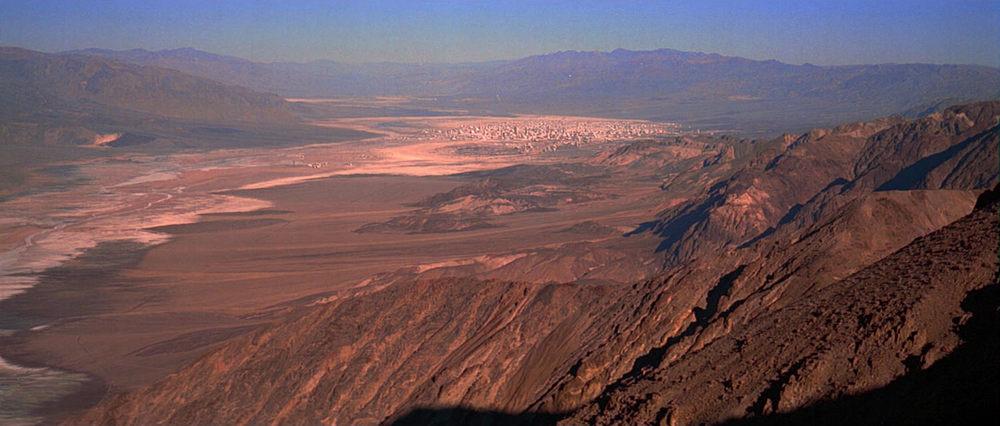 EXTERIOR:  TATOOINE - DESERT MESA - DAY