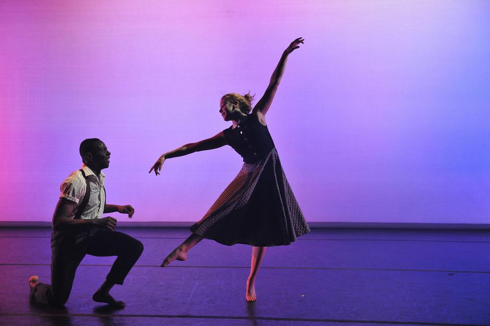 DANCE LIGHT 2014