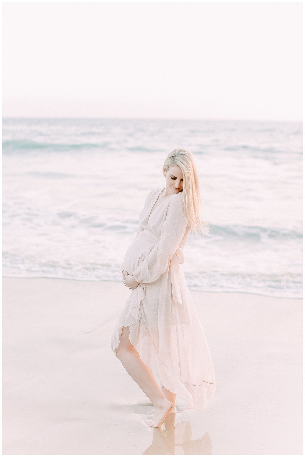 Little_Corona_Beach_Maternity_Session_Orange_county_family_photographer_cori_kleckner_photography_laguna_beach_family_session_0742.jpg