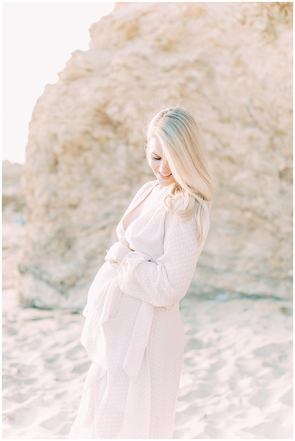 Little_Corona_Beach_Maternity_Session_Orange_county_family_photographer_cori_kleckner_photography_laguna_beach_family_session_0738.jpg