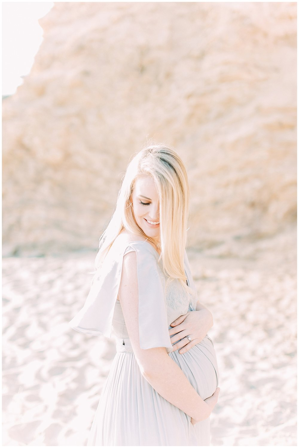 Little_Corona_Beach_Maternity_Session_Orange_county_family_photographer_cori_kleckner_photography_laguna_beach_family_session_0732.jpg