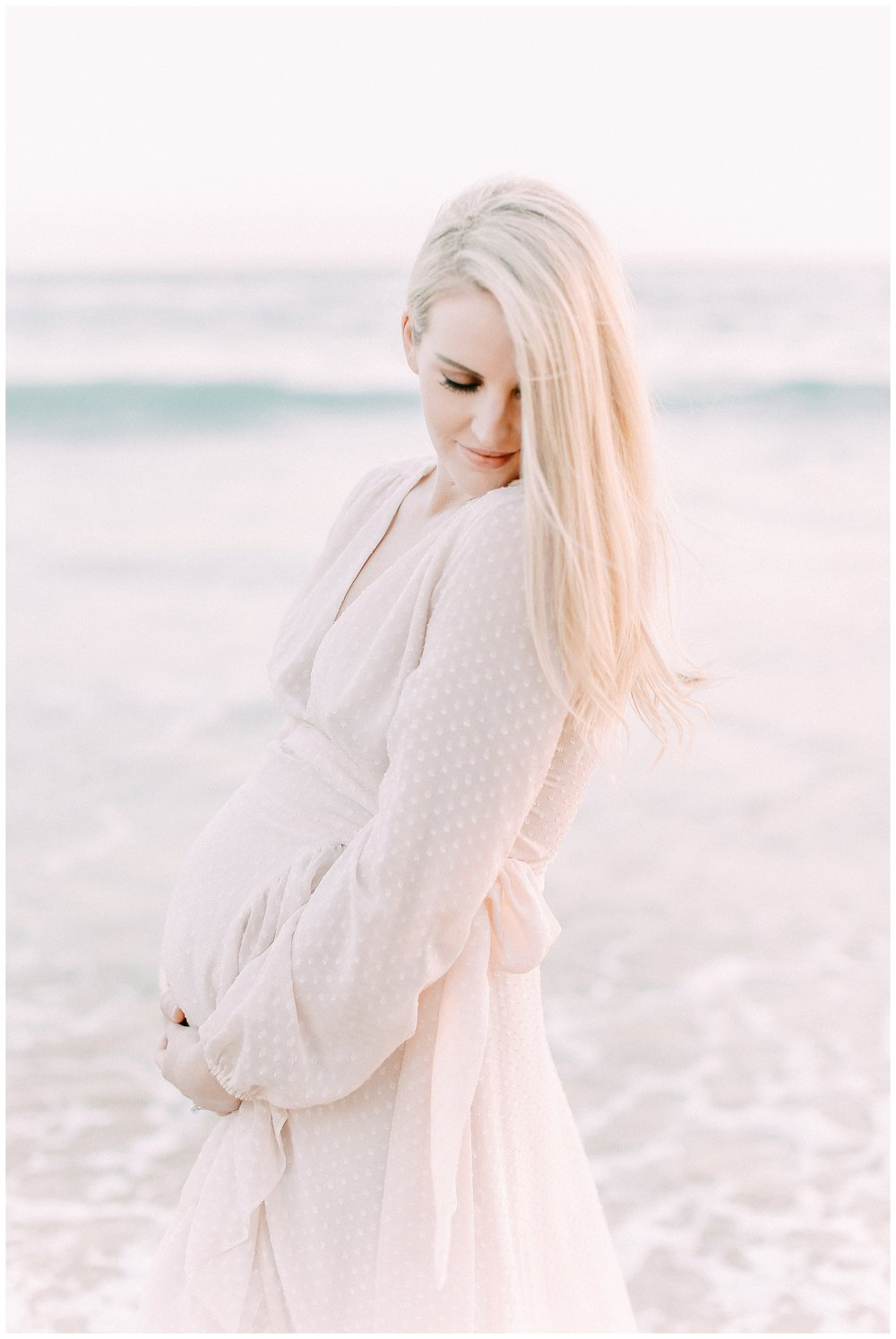 Little_Corona_Beach_Maternity_Session_Orange_county_family_photographer_cori_kleckner_photography_laguna_beach_family_session_0727.jpg