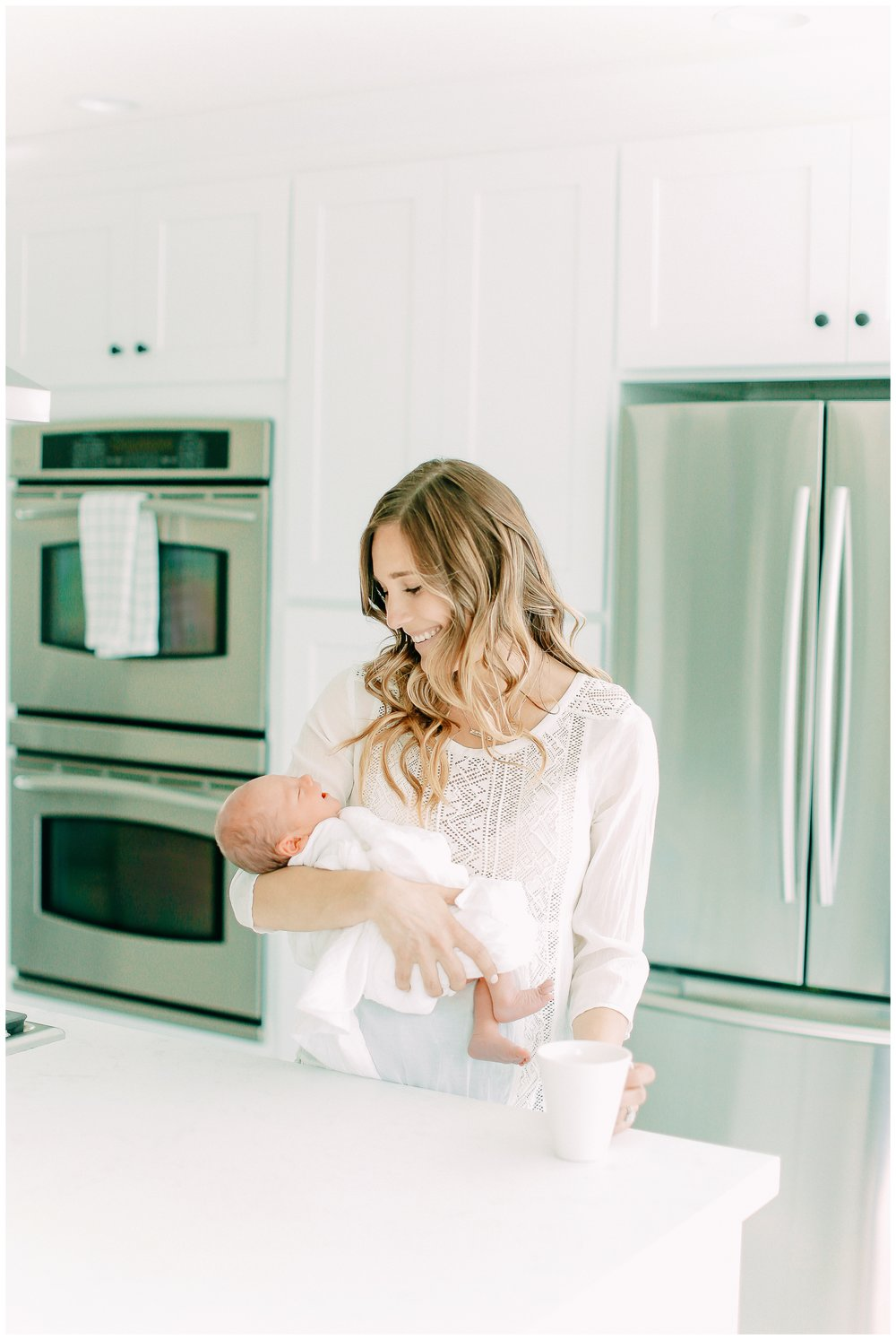 In-home-newborn-Session_Orange_county_newborn_photographer_cori_kleckner_photography_laguna_beach_family_session_0761.jpg