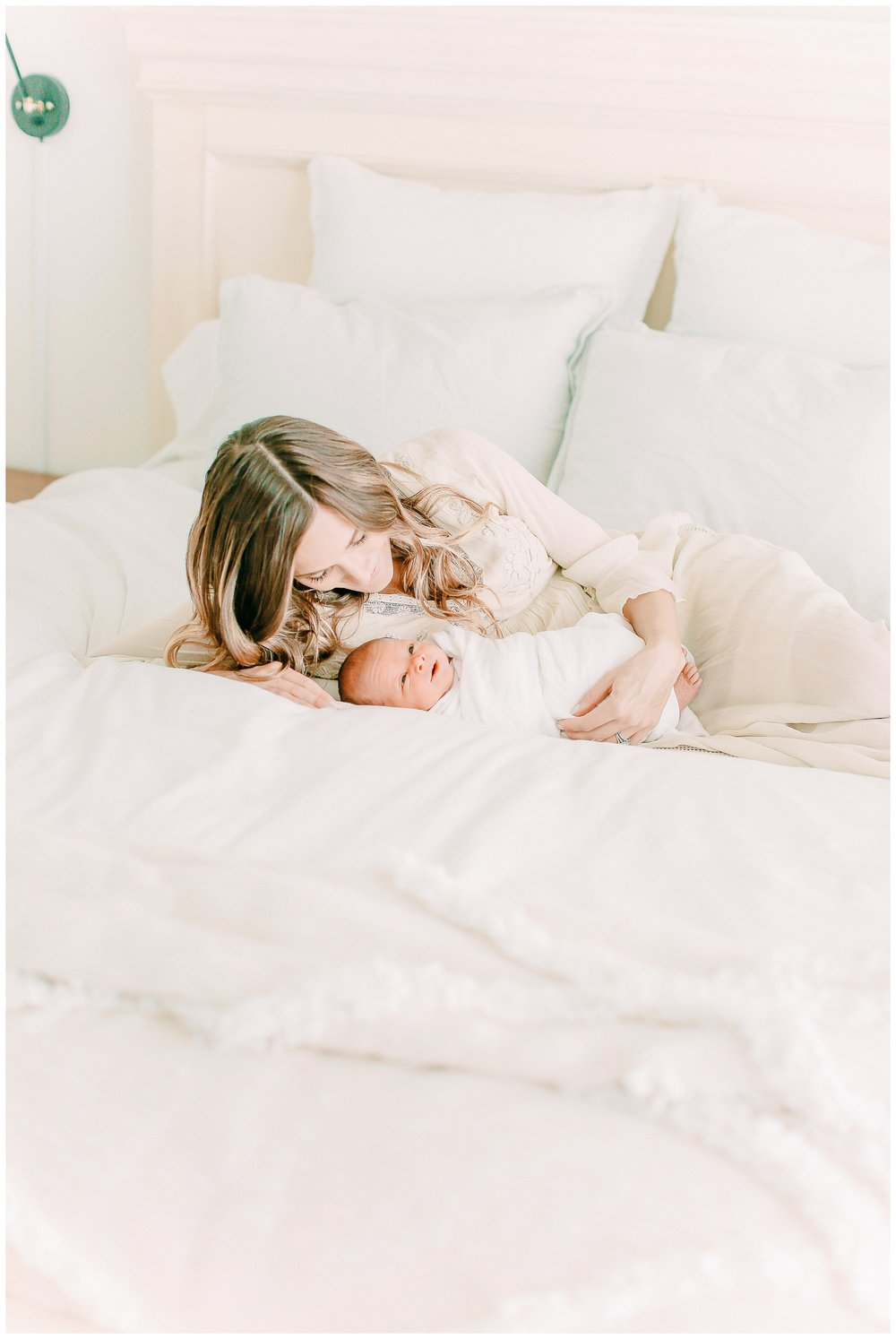 In-home-newborn-Session_Orange_county_newborn_photographer_cori_kleckner_photography_laguna_beach_family_session_0768.jpg