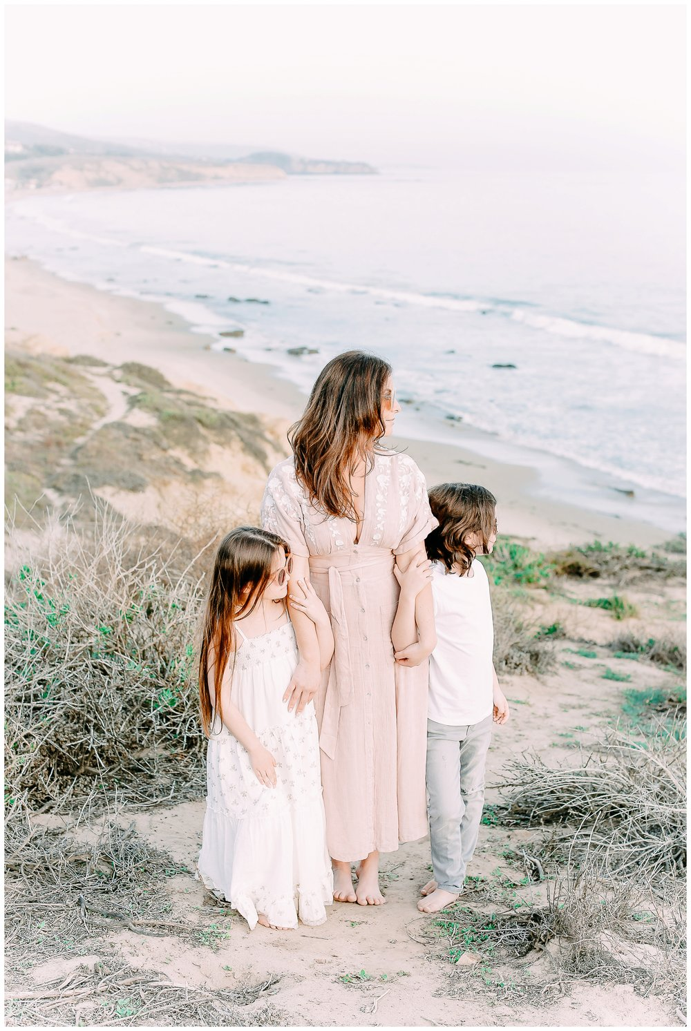 Crystal-Cove-State-Beach-Motherhood- Session-Crystal-Cove-Newport-Beach-Family-Photographer-Crystal-Cove-Minnow-Swim-Cori-Kleckner-Photography-Orange-County-Vacation-Family-Photos-Session-_0850.jpg