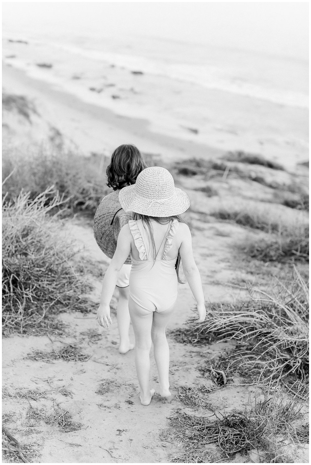 Crystal-Cove-State-Beach-Motherhood- Session-Crystal-Cove-Newport-Beach-Family-Photographer-Crystal-Cove-Minnow-Swim-Cori-Kleckner-Photography-Orange-County-Vacation-Family-Photos-Session-_0865.jpg