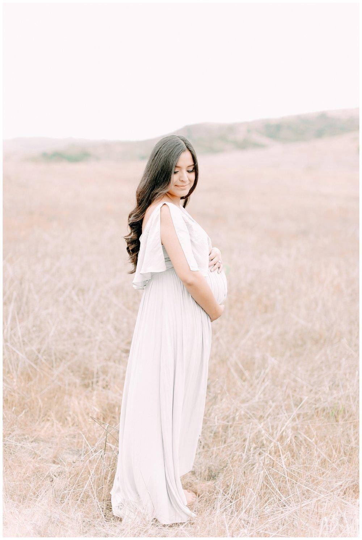 Newport_Beach_Maternity_Photographer_Field_Maternity_Photography_Cori_Kleckner_Photography_1059.jpg