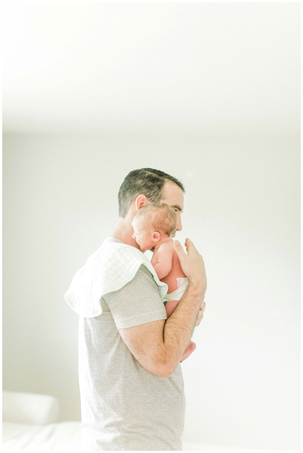 Newport_Beach_Lifestyle_in-Home_Photographer_Newport_Beach_Newborn_Photography_Orange_County_Newborn_Photographer_Cori_Kleckner_Photography_Orange_County_in-home_Photography_Skyler_Pontius_Family__1981.jpg