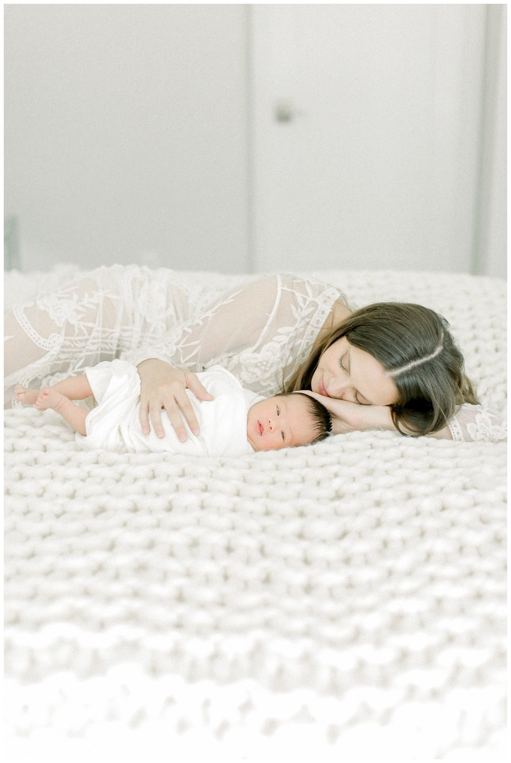 Newport_Beach_Lifestyle_in-Home_Photographer_Newport_Beach_Newborn_Photography_Orange_County_Newborn_Photographer_Cori_Kleckner_Photography_Orange_County_in-home_Photography__2026.jpg