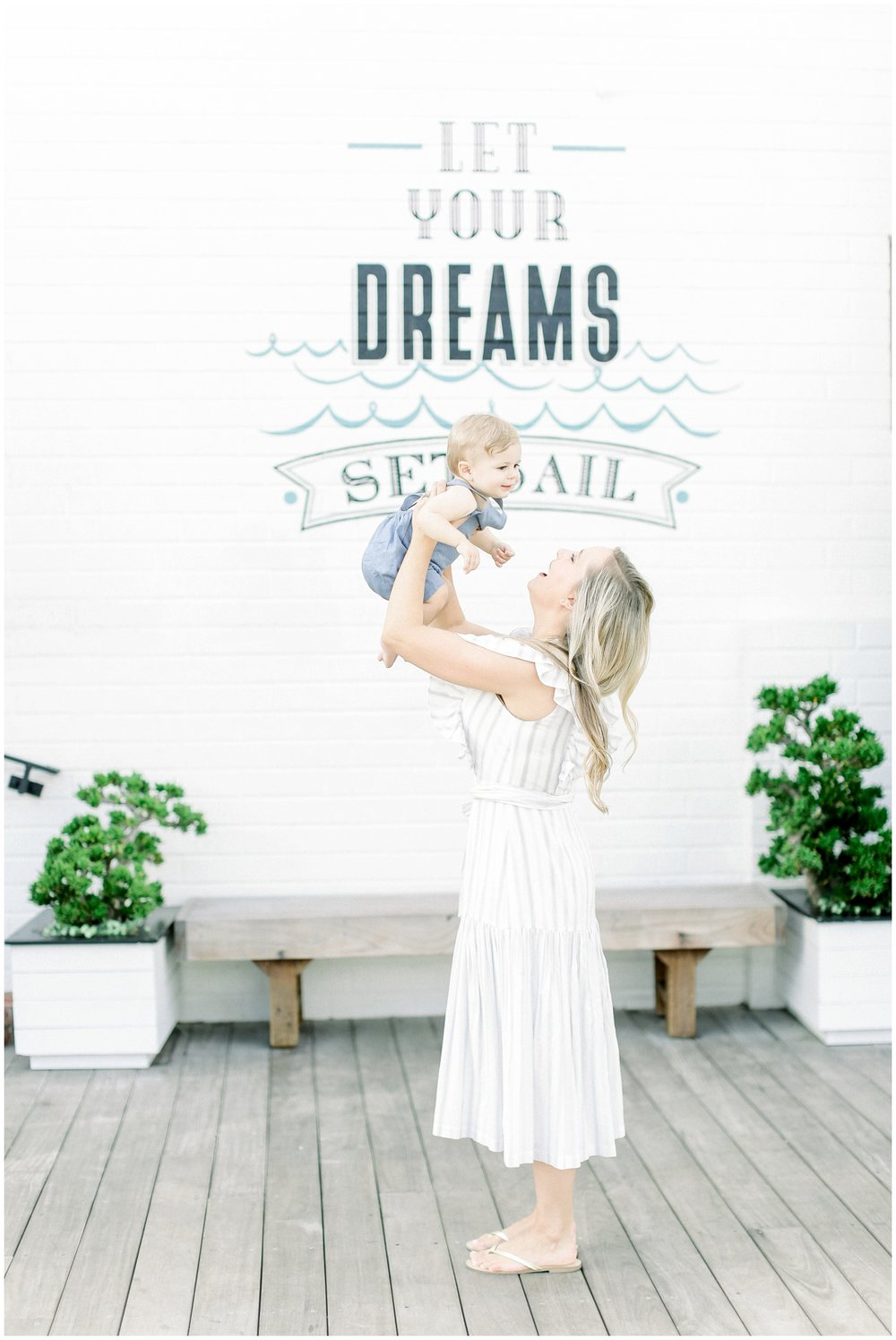 Lido_Marina_Village_Session_Photographer_Newport_Beach_Family_Photographer_Newport_Beach_Newborn_Photographer_Orange_County_Family_Photographer_Cori_Kleckner_Photography_Huntington_Beach_Photographer_Lara_Langford_Family_Session_2652.jpg