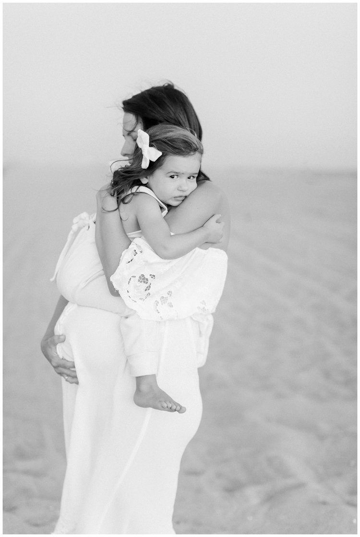 Newport_Beach_Maternity_Photographer_Newport_Beach_Newborn_Photography_Orange_County_Newborn_Photographer_Cori_Kleckner_Photography_Orange_County_in-home_Photography__2151.jpg