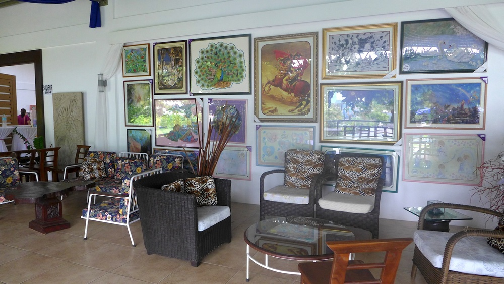 Beside this gallery upstairs is the puzzle store for those who got inspired by the works of Ms. Gina.