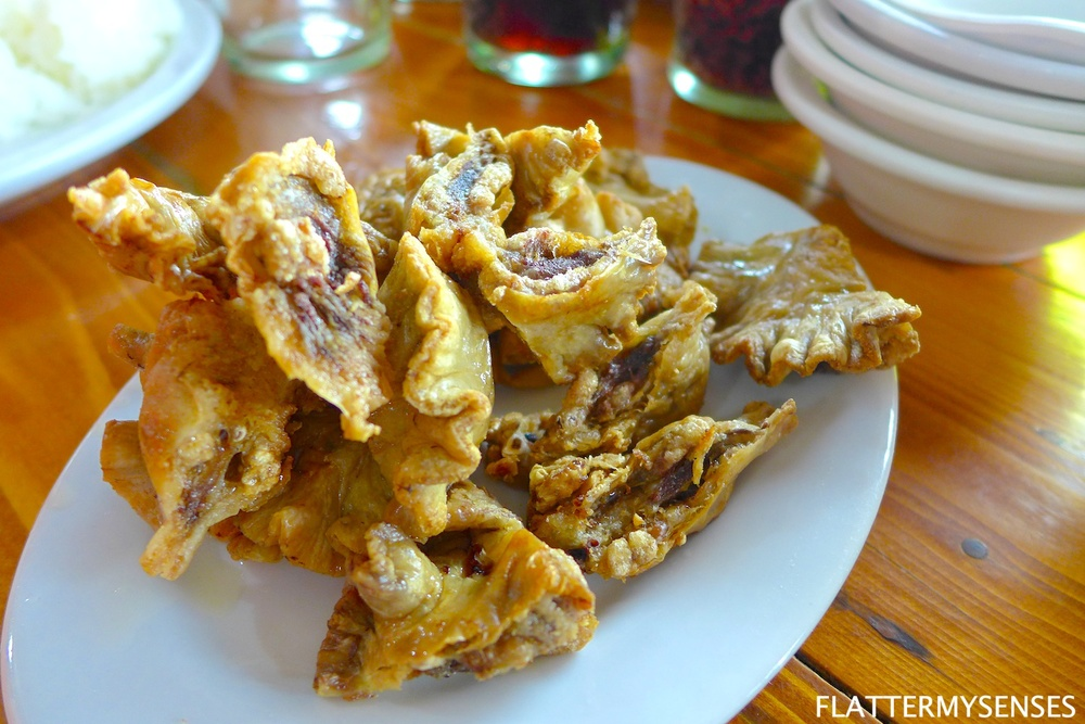 This plate of oily and crunchy goodness of Chicharon Bulaklak only costs Php 150.