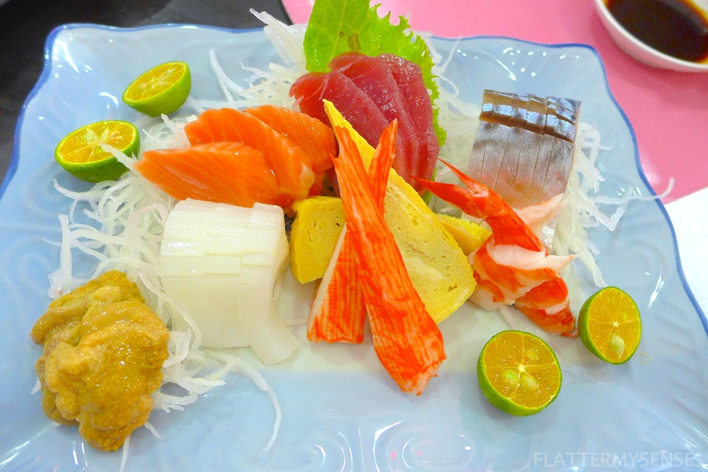 Sashimi Moriawase (Php 308). Mix of Salmon, Tuna, Tamago, Shrimp, Crabsticks, Uni, Mackerel and Squid.