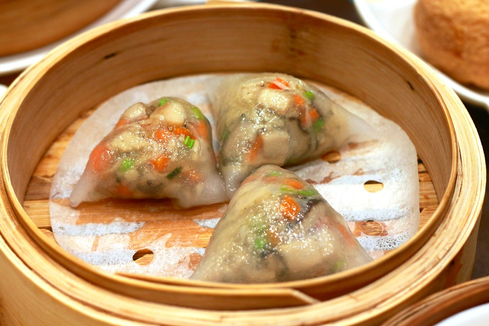 Crystal Dumpling with Truffle Sauce