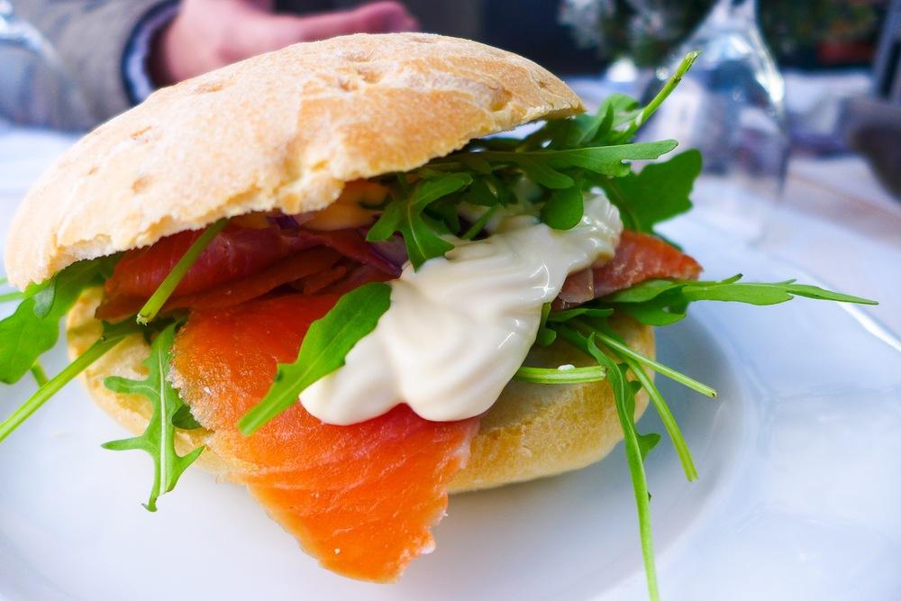 Sendvič s uz. Lososem (CZK 109). Smoked Salmon Sandwich