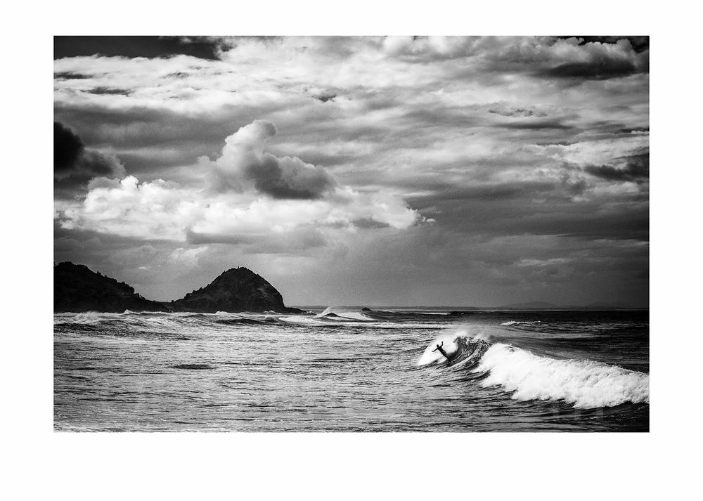 Stormy surfing (Newcastle, Australia)