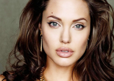 Angelina-Jolie-Picture-011.jpg