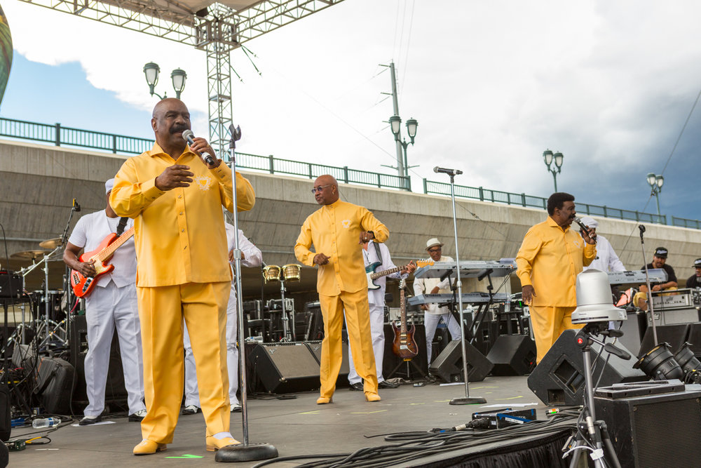 IMG_7672-06-11-17-THE WHISPERS - OXBOW -chyna photography.jpg