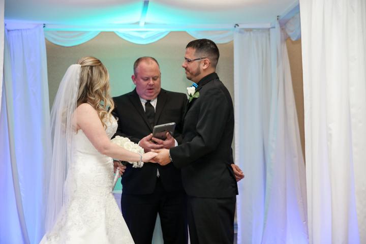 Orlando-Wedding-Photographers-Rosen-Shingle_Creek-Katie-Adam-www.livehappystudio.com-15.jpg