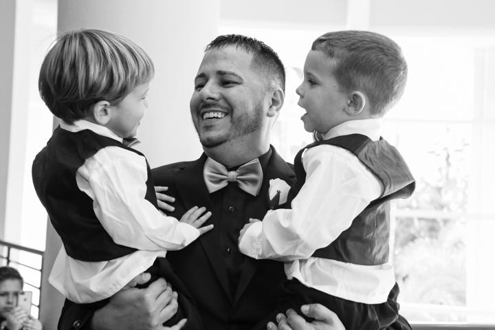 Orlando-Wedding-Photographers-Rosen-Shingle_Creek-Katie-Adam-www.livehappystudio.com-20.jpg