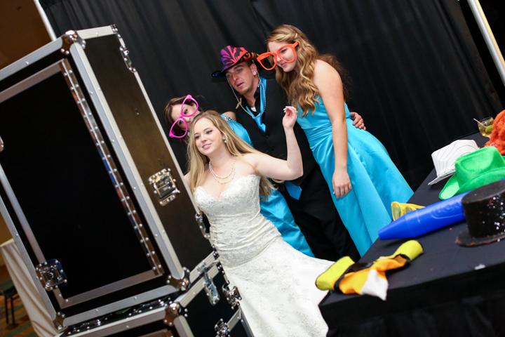 Orlando-Wedding-Photographers-Rosen-Shingle_Creek-Katie-Adam-www.livehappystudio.com-35.jpg