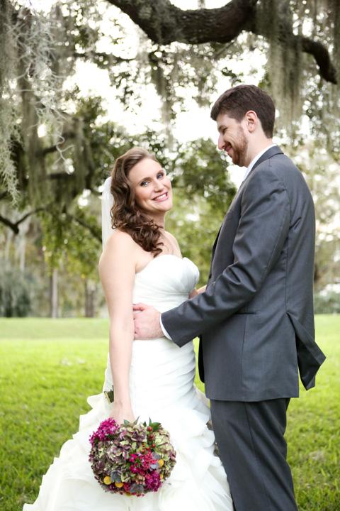 Orlando-Wedding-Photographer-Rollins-college-Lew-Gardens-21.jpg