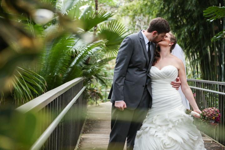 Orlando-Wedding-Photographer-Rollins-college-Lew-Gardens-22.jpg