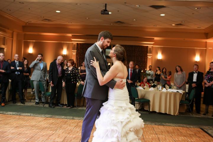 Orlando-Wedding-Photographer-Rollins-college-Lew-Gardens-27.jpg