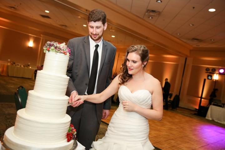 Orlando-Wedding-Photographer-Rollins-college-Lew-Gardens-28.jpg