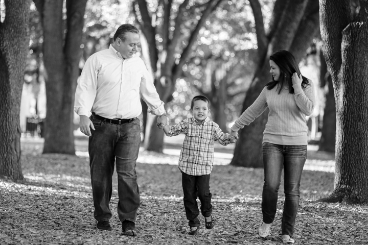 orlando-family-portrait-photographer-LiveHappyStudio.com-1.jpg
