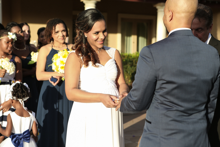 orlando-wedding-photographer-LiveHappyStudio.com-Mission-inn-42.jpg