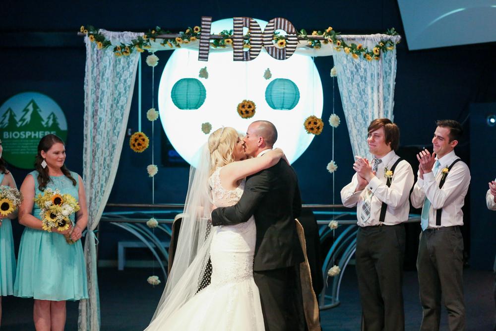 orlando-wedding-photography-videography-orlando-science-center-28.jpg