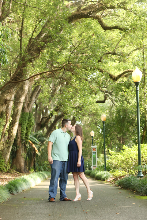 engagement-wedding-photographer-orlando-www.livehappystudio.com-3.jpg