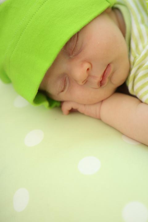 orlando-photographer-baby-newborn-portrait-www.livehappystudio.com-4.jpg