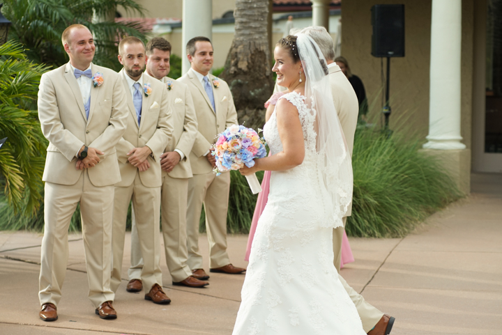 orlando-wedding-photographer-mission-inn-resort-www.livehappystudio.com-3.jpg