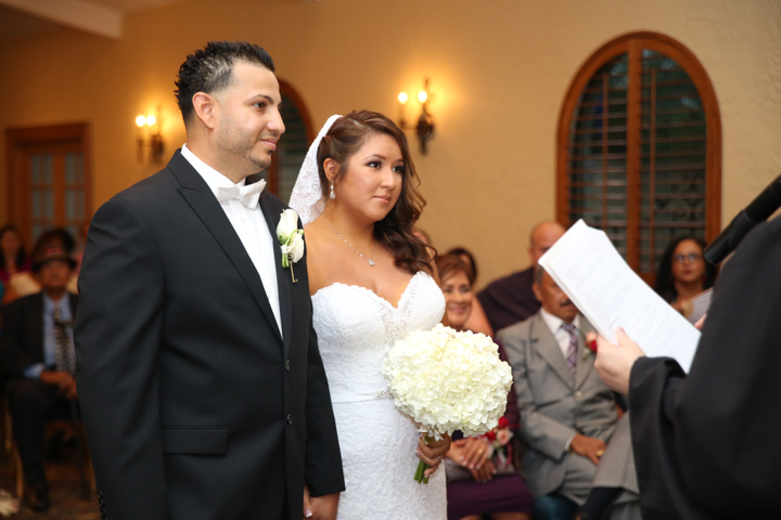 orlando-wedding-photographer-videographer-www.livehappystudio.com-mission-inn-resort-8.jpg