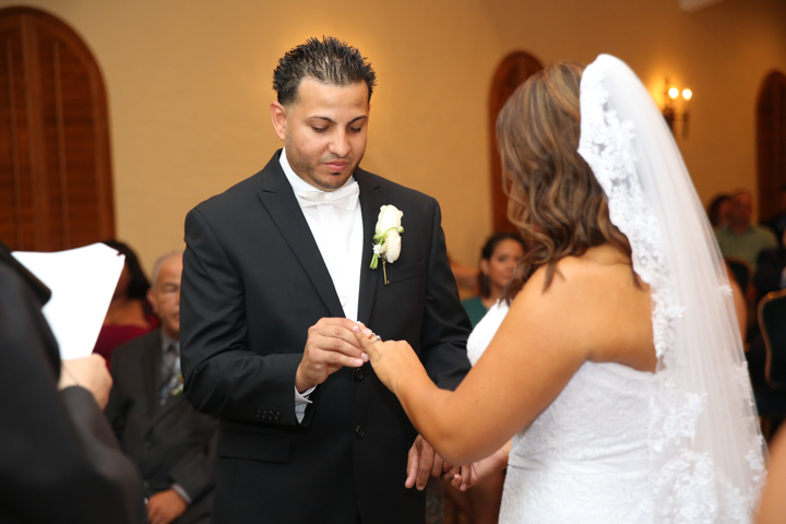 orlando-wedding-photographer-videographer-www.livehappystudio.com-mission-inn-resort-10.jpg