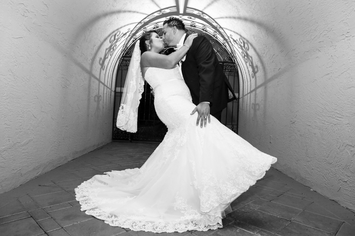 orlando-wedding-photographer-videographer-www.livehappystudio.com-mission-inn-resort-29.jpg