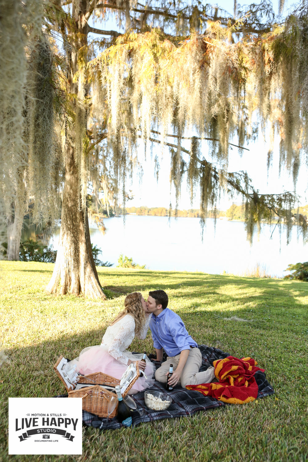 best-orlando-wedding-photographer-engagement-www.livehappystudio.com-8.jpg