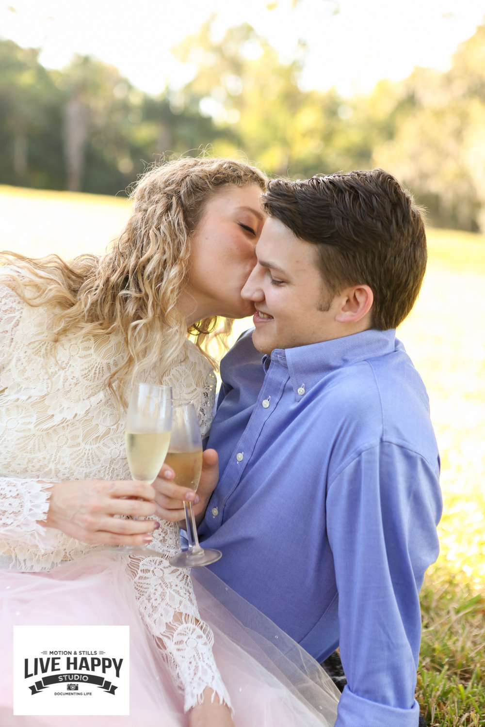 best-orlando-wedding-photographer-engagement-www.livehappystudio.com-16.jpg