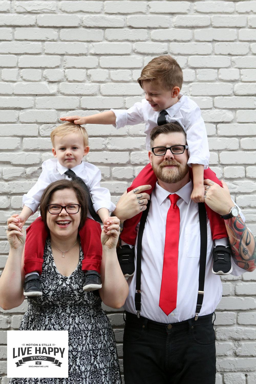 best-orlando-family-photographer-engagement-www.livehappystudio.com-6.jpg