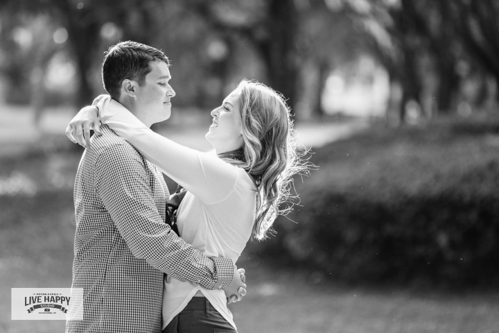 engagement-photography-best-orlando-wedding-photographer-www.livehappystudio.com-9.jpg