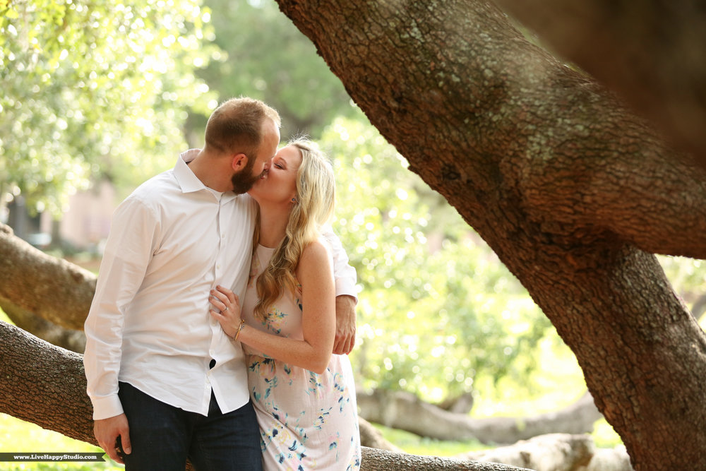 www.livehappystudioinc.com-orlando-engagement-photography-lock-haven-park-9.jpg