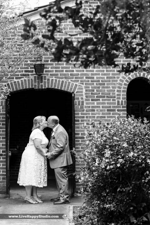 orlando-wedding-photography-www.livehappystudio.com-intimate-ceremony-4.jpg